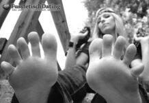 Blondes Fußluder treffen