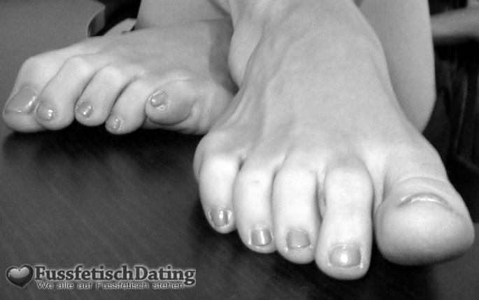 Meine Füße warten auf ein Date.