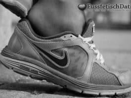 Ich bin ein Sneaker Girl mit Schweißfüßen.