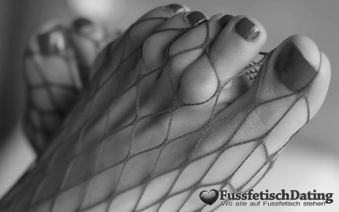 Taschengeld Sex für Fußfetischisten.